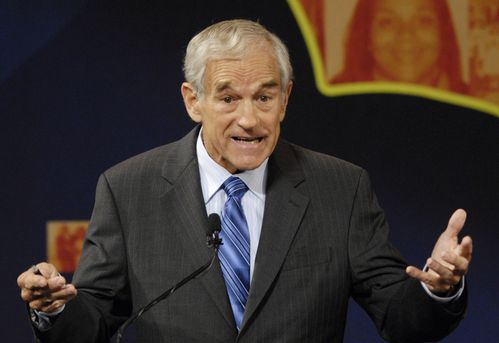 ron-paul-at-a-debate