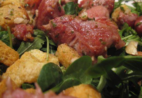 Salade-de-sot-l-y-laisse-aux-noisettes.jpg