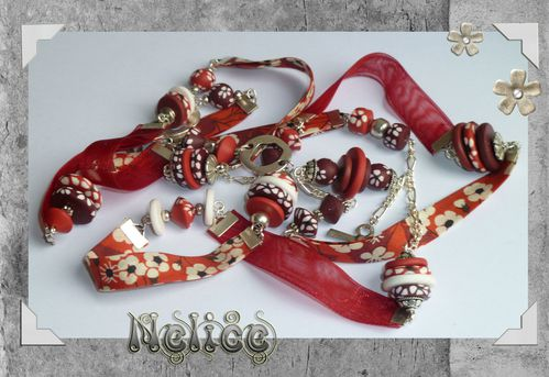 collier rouge liberty
