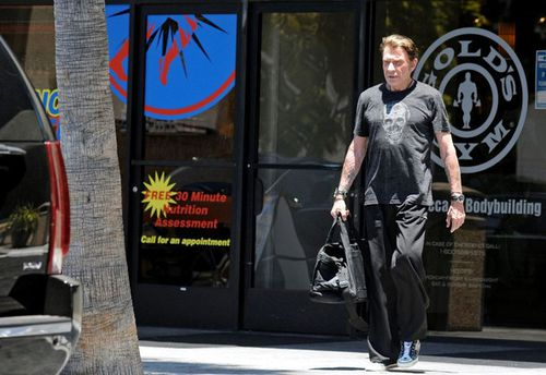 Johnny-Hallyday-JOhnny-Hallyday-Gold-Gym-ZZr3oWYTr-pl.jpg