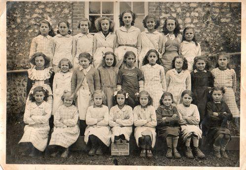 1946-F.jpg