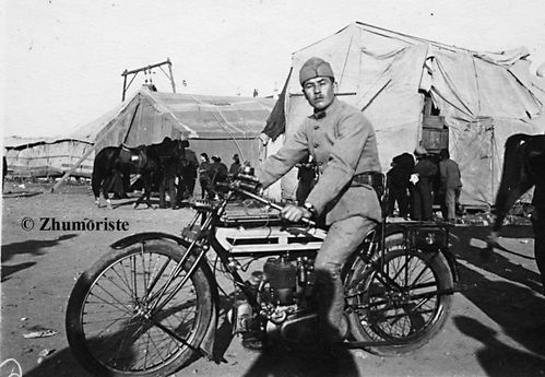 1914-Triumph-baraquement-copy-232.jpg