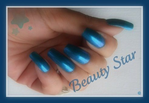 blue iguana china glaze2