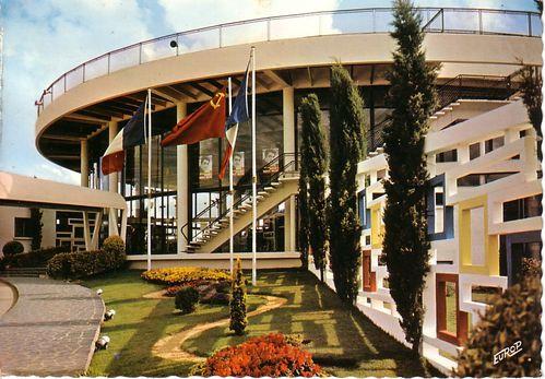Royan-1969--le-Casino.jpg