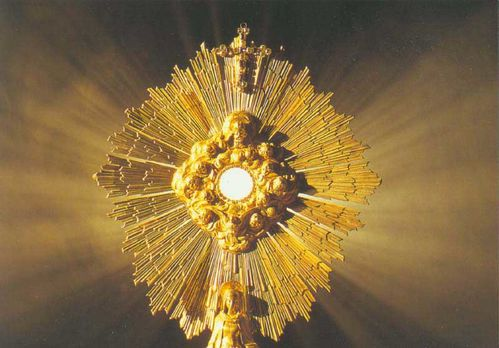 ADORATION ST SACREMENT