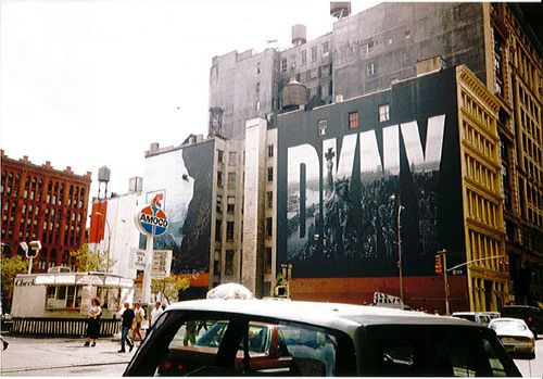 dkny-logo-new-york