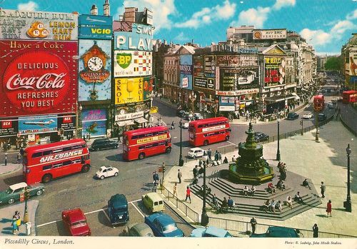Cartes postales Capitales Picadilly Circus London