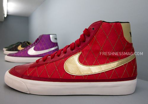 nike-sportswear-fall-holiday-10-footwear-10.jpg