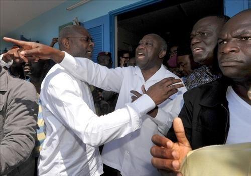 Gbagbo en pleine bagarre