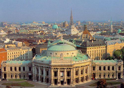 025---La-Hofburg---Palais-Imperial.jpg