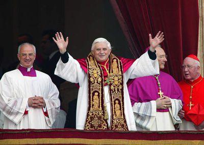 Benoit-XVI-election.jpg