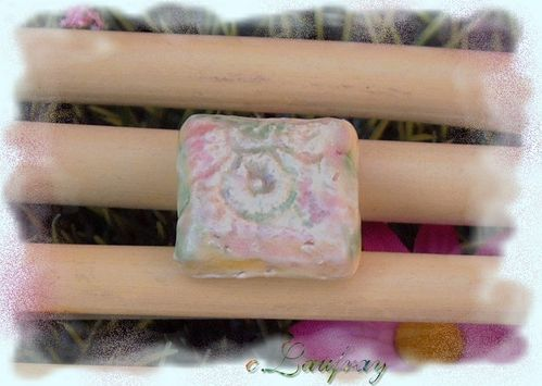 bague-ceramique-rose-verte.jpg