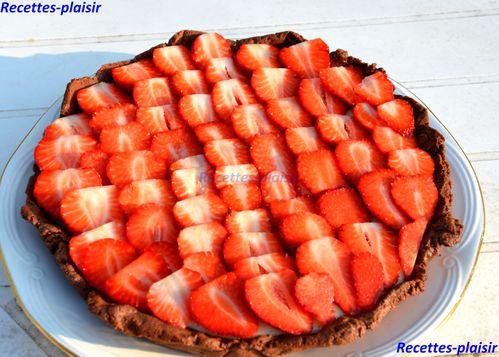 tartes-au-fraises-pate-sucre-au-chocolat.jpg