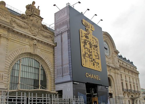 affiche-geante-Chanel-musee-d-Orsay-6085.jpg