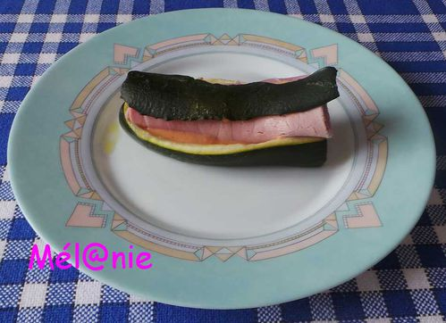 Hot-dog_courgette_jambon.jpg
