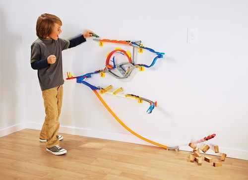 hot-wheels-walltracks.jpg