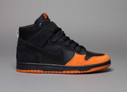 nike_sb_dunk_high_black_black_ex.jpg