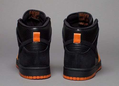 nike_sb_dunk_high_black_black_ex_5.jpg