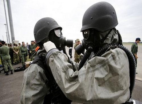 Soldiers chemical weapons 19.3.13 (Copier)