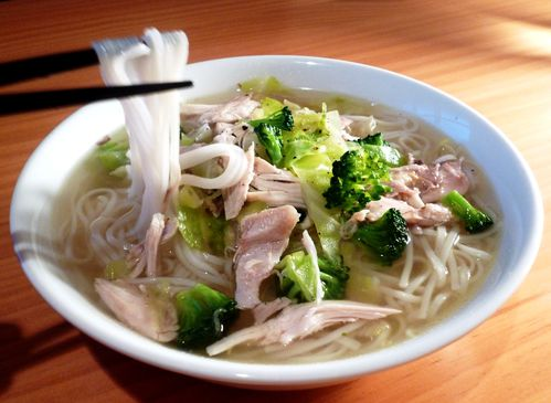 chicken and rice noodle soupe 2