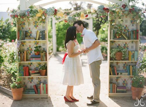 vintage-library-book-wedding-photos-13.jpg