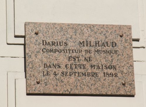 Plaque-Milhaud-place-Felix-Baret--1.JPG