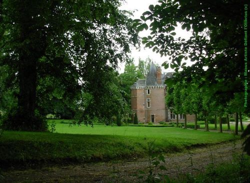 Le-Chateau-de-la-reine-blanche-a-Mesnil-Lieubray--76-.JPG