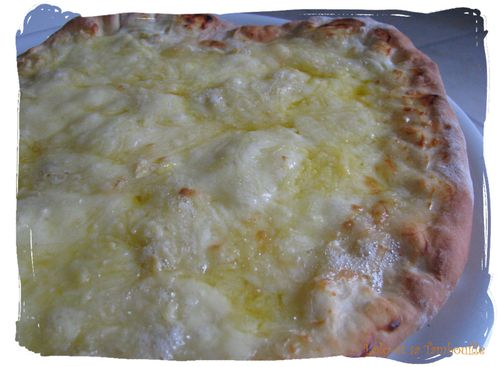 Pizza-3-fromage--1-.JPG