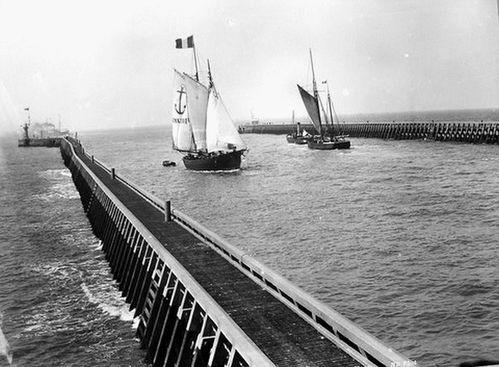 1900-pilotine-dunkerque.JPG