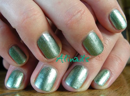Catrice ARTS COLLECTION C02 Forevergreen 1