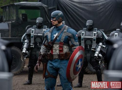 captain-america-costume-film-2011-marvel-chris-evans-image.jpg