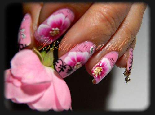 nail-art-rose-one-stroke-effet-journal-et-stamping-copie-2.jpg