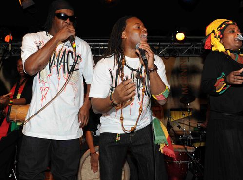 duo-dancehall---ka-avec-Bwa-Bande-photo-A--Jocksan.jpg