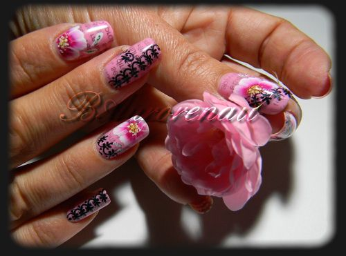 nail-art-rose-one-stroke-effet-journal-et-stamping-copie-6.jpg