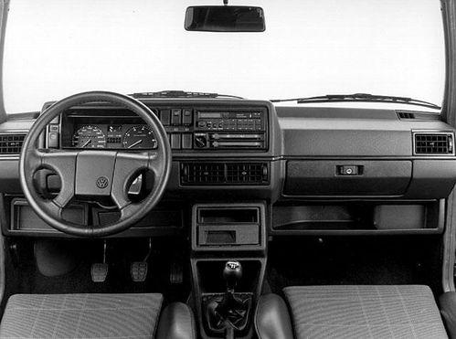 0604906-Volkswagen-Golf-GTI-16V-1986.jpg