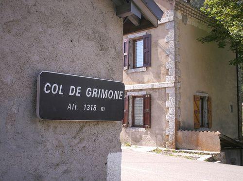0rôme. Le sommet du col de Grimone.