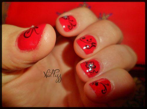 Nail-art-de-noel-rouge-Laura-3.JPG