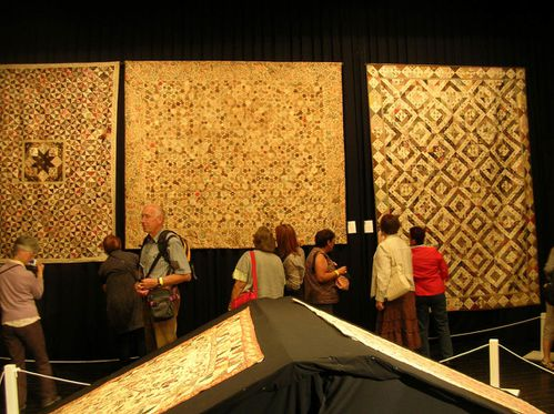 au-theatre-anciens-quilts.JPG
