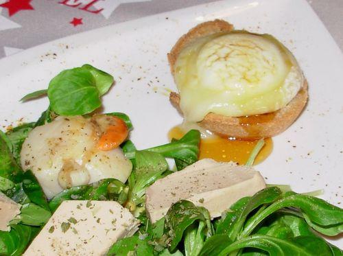 Salade st-jacques, foie gras & chèvre4