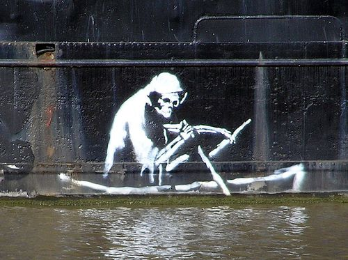 800px-Banksy.on_.the_.thekla.arp-1-.jpg