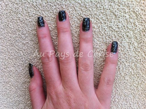 swatch-black-spotted-opi.jpg