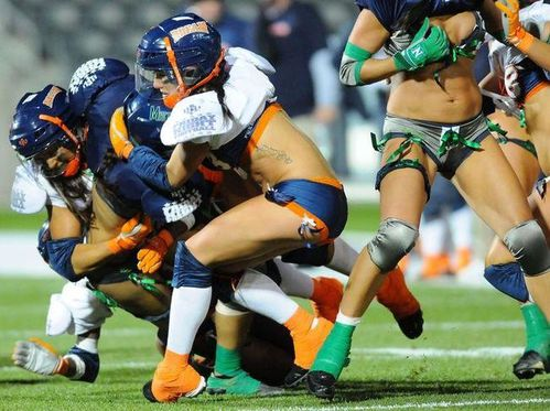 Lingerie-Football-League-2009-10_full_diapos_large.jpg
