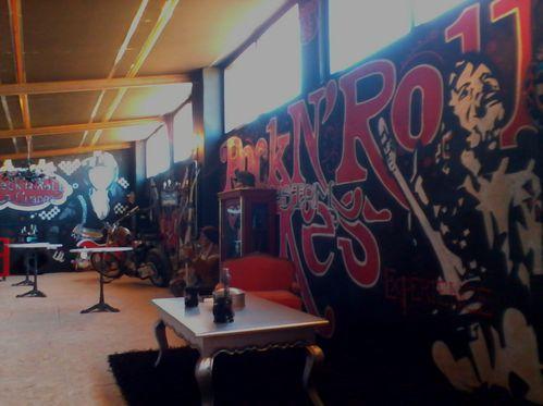 Graffiti local rock 023
