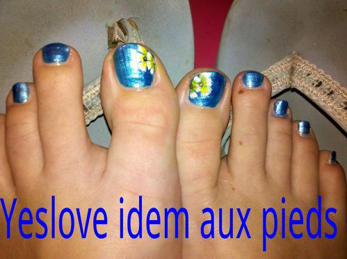 Yeslove pieds