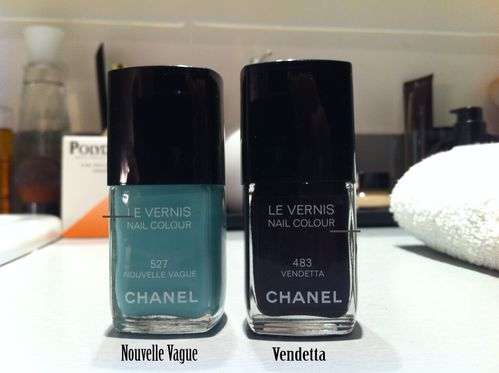 mini vide vanity vernis chanel une parisienne et son chien. Black Bedroom Furniture Sets. Home Design Ideas