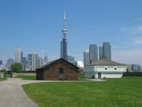 Toronto Tour CN et fort York internet