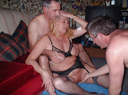 gay party gangbang frau furzt beim sex