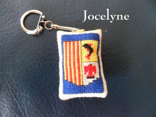 Broderie-Jocelyne-Mamigoz-copie-1.jpg