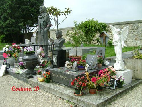 Tombe-de-Claude-Francois--10----Copie.JPG