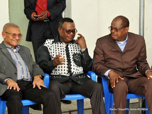 De gauche a droite Seti Yale Vundwawe TP et Kpama Baramoto